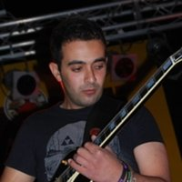 High-energetic guitarist, passionate and inspiring tutor, with more than 10 years of experience in the music industry.