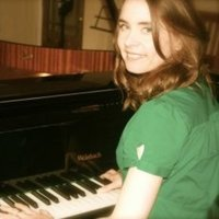 Highly qualified and experienced piano and singing teacher for all ages and abilities. Based in Eastbourne.