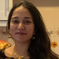Indian Female offering Bollywood, Tollywood and Hollywood lessons in London. Dancer with 10 years experience gives dance lessons at home in London.