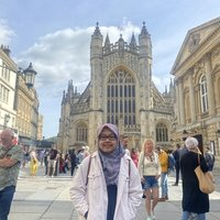 Indonesian who lives in Bristol offering Indonesian lesson in Bristol or online