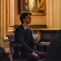 Italian Concert Pianist gives Piano lessons up to Conservatoire level, all ages are welcome!