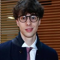 Italian Econometrics grad student in London helping on anything related to maths, statistics and econometrics