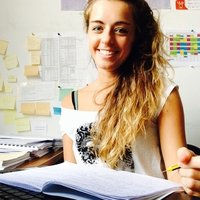 Italian passionate student and worker with excellent linguistic skills offers Italian classes