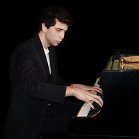 I am an Italian piano student at Royal College of Music in London