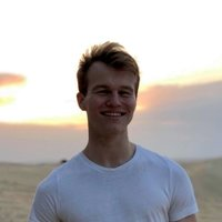Law student offering English Literature lessons in London. 7 achieved in Higher Level English Literature in the IB and an A* in both English Language and Literature in GCSE.