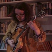 LCoM Jazz Guitar graduate offering music theory, guitar and bass guitar lesson in Sheffield