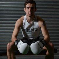 Learn how to box with a international England boxer! Based in Hertfordshire/London