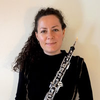 Learn to play the oboe with Vanessa! Online lessons available to start exploring the instrument today!