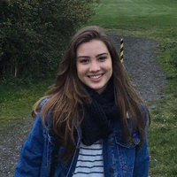 London-based recent graduate in film and photography teaching film and digital photography