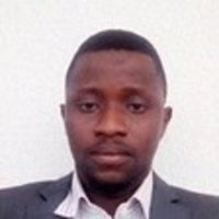 A machine learning expert with over 8 years of experience is giving machine learning tutorials using python