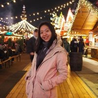 Malaysian undergraduate in Accounting and Finance gives Chinese lessons to people who are intereseted