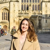 Management with Marketing student at the University of Bath, offering photography lessons with 6 years of experience, using programs such as Adobe Lightroom! I would love to help students even if Phot