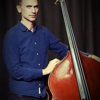 Marcus - Experienced double bass teacher with over twenty years professional experience. Online lessons