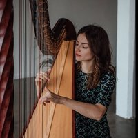 A Masters graduate from the RNCM offering harp and piano lessons, as well as music theory tuition.