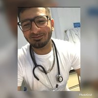 Medical student offering academic and non-academic support and advice to all students