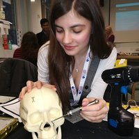 Medical student at UCL provides Medical interview training, personal statement advice/tutor for IB Biology HL, ESS, English language and Literature HL and spanish SL