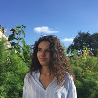 I am Meline and teach French in Oxford (as a French native-speaker studying here). I offer your first free lesson, and hope to hear from you soon!