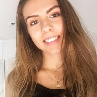 Modern Languages student from Surrey who has just finished A-levels and is offering lessons in French and Spanish ranging from the basics to A-level.