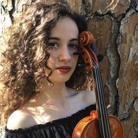 Music student at the Royal Academy of Music of London offers private violin lessons. I am also a Spanish native speaker from Madrid