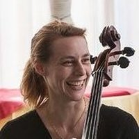 Hi, my name is Christina. I'm a professional cellist and I teach in Manchester (Levenshulme). The last 20 years I have developed a lot of experience teaching children and adults (5-78 years old) at al