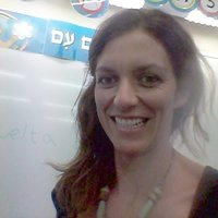 Native Hebrew teacher with experience offers modern Hebrew classes for children and adults