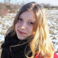 Native speaker, passionate about literature and grammar, giving Romanian language lessons online