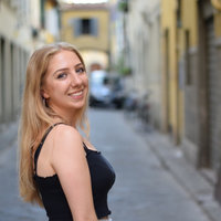 Oxford graduate offering lessons in French, Italian and English Literature from home.