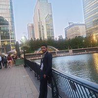 PhD student offering courses in computer programming up to uni level in London