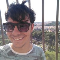 Physics student with experience offering Maths, Physics and Spanish (native speaker) in Manchester.