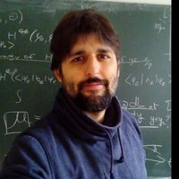 Physics teacher offering university level tutoring in London (Mechanics, optics, thermodynamics, quantum physics, or statistics)