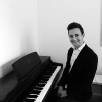 Piano Teacher, travels to you. Professional musician; enthusiastic, passionate and friendly teacher