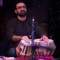 Pro Tabla Player with 19 years experience gives Multi-percussion lessons at home.