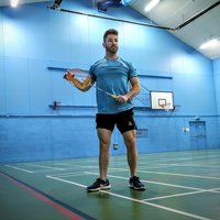 Professional Badminton Coach in Hertfordshire, coaching: juniors sessions, adult groups, Academy, private.