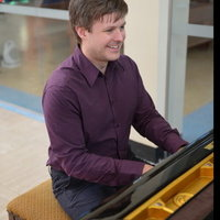 Professional Classical Pianist with 10 years experience offering Piano Lesson in Widnes