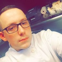 Professional classically trained chef wanting to teach others how to cook independently