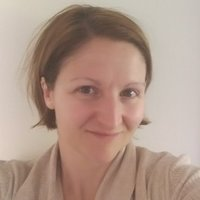 Professional French native passionate about languages and teaching all levels and ages
