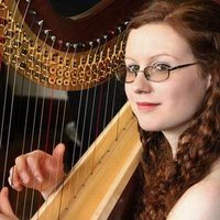 Professional harpist offering harp (lever and pedal) and music theory lessons. Online lessons available.