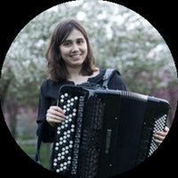Professional musician gives accordeon lessons until Bachelor level, and piano and music theory for beginners, in Rotterdam and nearby!