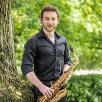 Professional musician in Portsmouth offering lessons on Saxophone, Clarinet and flute for all ages and abilities. Recent graduate of the Royal College of Music and winner of the Jane Melber Saxophone