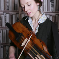 Professional musician with 15 years experience giving cello, singing, nyckelharpa and viola da gamba lessons at their home in Walthamstow, London