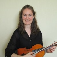 Professional orchestral violinist with 10 years of experience teaching the violin and music theory