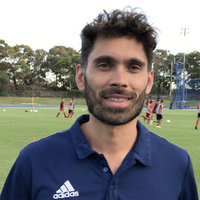 Professional Soccer Strength&Conditioning Coach from Sydney Northern Beaches give Strengthening Soccer lessons
