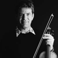 Professional violinist, based in Epsom, Surrey offering individual lessons, online and in person.