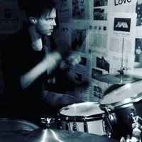 Professional working drummer with some availability taking on new students, beginners welcome!