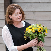 Qualified Floristry Lecturer offering floristry training to individuals and groups. All abilities are welcome!