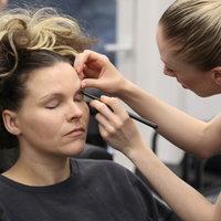 Qualified Makeup Artist Is Offering Online Makeup Classes, From Home in London