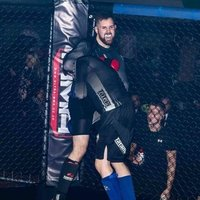 Qualified personal trainer and MMA fighter offering Private sessions for many disciplines