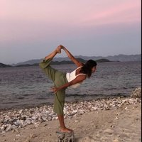 Qualified yoga teacher (200h YTT in Hong-Kong) offering private yoga lessons