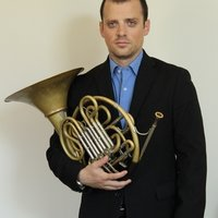 I am a recent graduate from the Royal College of Music offering to teach French Horn and trumpet. I speak fluently French, Italian and English.
