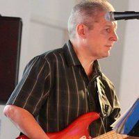 RGT & MU Registered Mobile & Online Guitar, Sax, Ukulele & Bass Tutor for Lanarkshire, Scotland